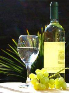 Rượu vang trắng Chile ngọt ngào như một vở kịch Opera Carmen